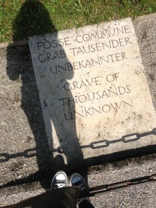 A grave marker pays tribute to the unknown victims. (photo by Michelle Graessle)
